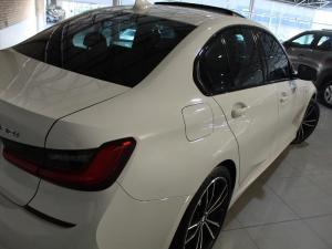 BMW 330i M Sport automatic - Image 8