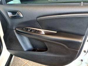 Dodge Journey 3.6 V6 Crossroad - Image 19