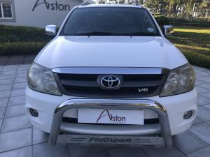 Toyota Fortuner V6 4.0 4x4 auto - Image 2