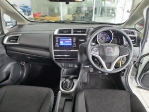 Honda WR-V 1.2 Comfort - Image 11