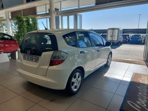 Honda Jazz 1.4 LX automatic - Image 6