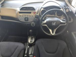 Honda Jazz 1.4 LX automatic - Image 8