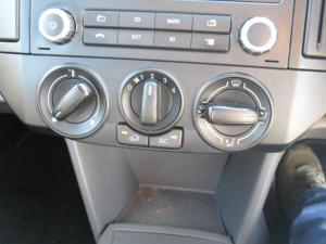 Volkswagen Polo Vivo sedan 1.4 Trendline auto - Image 11