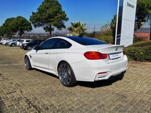 BMW M4 Coupe M-DCT Competition - Image 3