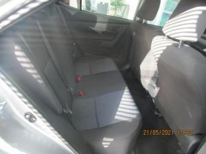 Toyota Corolla Quest 1.8 CVT - Image 12