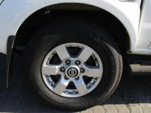 Nissan Hardbody NP300 2.5 TDi HI-RIDERD/C - Image 11