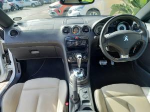 Peugeot RCZ 1.6T auto - Image 12