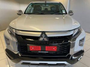 Mitsubishi Triton 2.4DI-D double cab 4x4 auto - Image 12