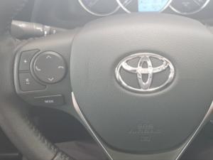Toyota Corolla Quest 1.8 Exclusive auto - Image 12