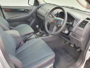 Isuzu D-Max 250 double cab X-Rider - Image 16