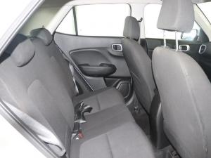 Hyundai Venue 1.0 Tgdi Motion DCT - Image 13