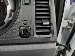 Ford Ranger 2.2TDCi 4x4 XLS - Image 12