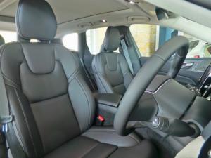 Volvo XC60 D5 AWD Inscription - Image 6