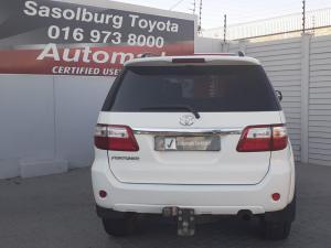 Toyota Fortuner V6 4.0 - Image 11