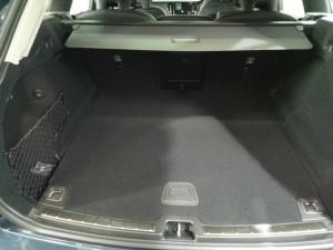 Volvo XC60 D4 AWD Momentum - Image 7