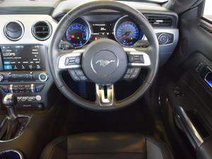 Ford Mustang 5.0 GT fastback auto - Image 17