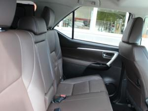 Toyota Fortuner 2.4GD-6 4x4 auto - Image 6