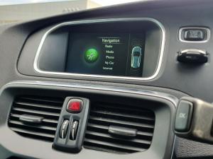 Volvo V40 D3 Momentum - Image 9