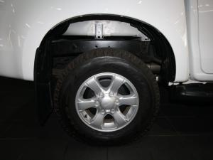 Isuzu D-Max 250 double cab Hi-Ride auto - Image 6