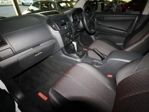 Isuzu D-Max 250 double cab Hi-Ride auto - Image 9