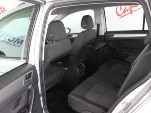 Volkswagen Golf SV 2.0TDI Comfortline auto - Image 6