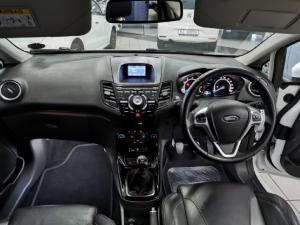 Ford Fiesta 5-door 1.0T Titanium - Image 6