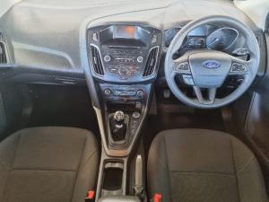 Ford Focus sedan 1.5T Trend - Image 10