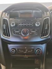 Ford Focus sedan 1.5T Trend - Image 12