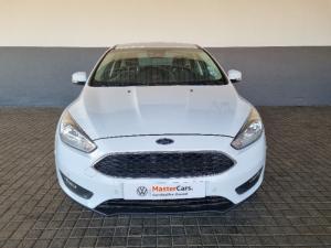 Ford Focus sedan 1.5T Trend - Image 2