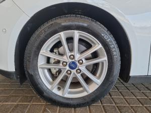 Ford Focus sedan 1.5T Trend - Image 7