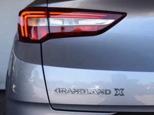 Opel Grandland X 1.6 Turbo Enjoy - Image 8