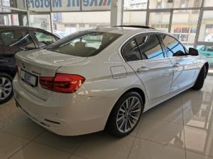 BMW 3 Series 320d Luxury Line auto - Image 3