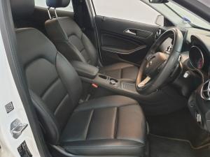 Mercedes-Benz GLA GLA200 auto - Image 12