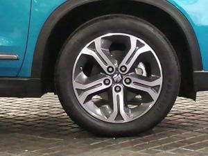 Suzuki Vitara 1.6 GLX automatic - Image 17