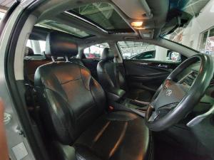 Hyundai Sonata 2.4 Elite - Image 11