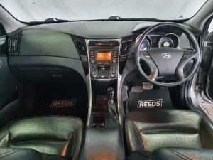 Hyundai Sonata 2.4 Elite - Image 12