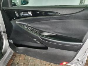 Hyundai Sonata 2.4 Elite - Image 15