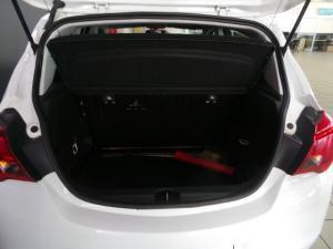 Opel Corsa 1.0T Essentia - Image 5