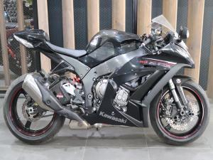 Kawasaki ZX10-R - Image 1