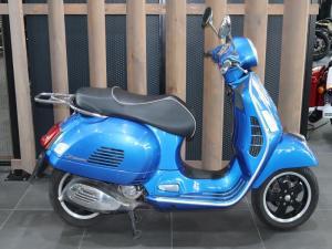 Vespa GTS 300 - Image 1