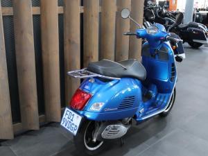 Vespa GTS 300 - Image 3