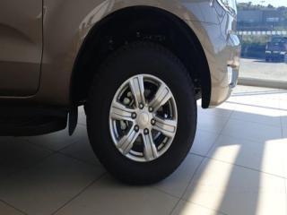 Ford Ranger 3.2TDCi XLT automaticD/C