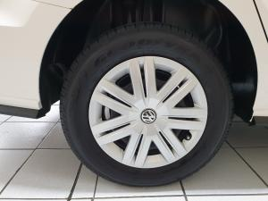 Volkswagen Polo sedan 1.4 Trendline - Image 8