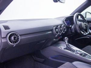 Audi TT 2.0T FSI Coupe Stronic - Image 7