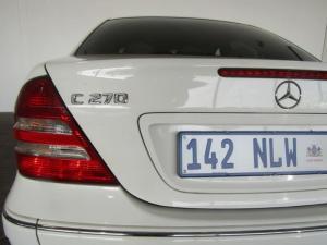 Mercedes-Benz C270 CDi Elegance automatic - Image 6