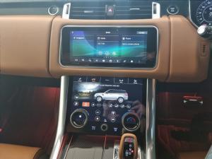 Land Rover Range Rover Sport SVR Carbon Edition - Image 11
