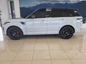 Land Rover Range Rover Sport SVR Carbon Edition - Image 2