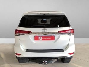 Toyota Fortuner 2.8GD-6 4x4 Epic - Image 3