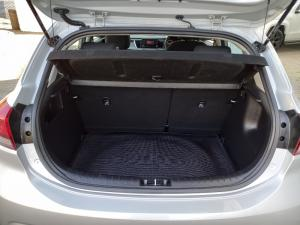 Kia Rio hatch 1.2 LS - Image 4