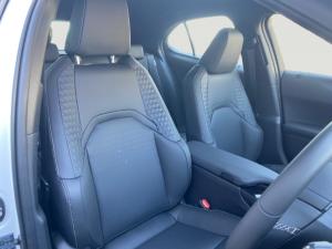 Lexus UX 250h EX - Image 6